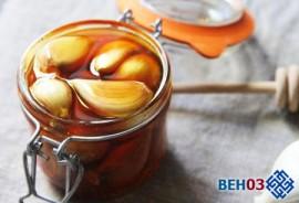 Как очистить сосуды медом с чесноком